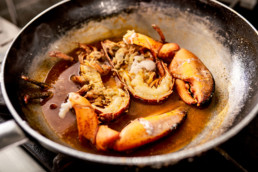 bbadv-ciambra-restaurant-shooting-aragosta-padella-cottura