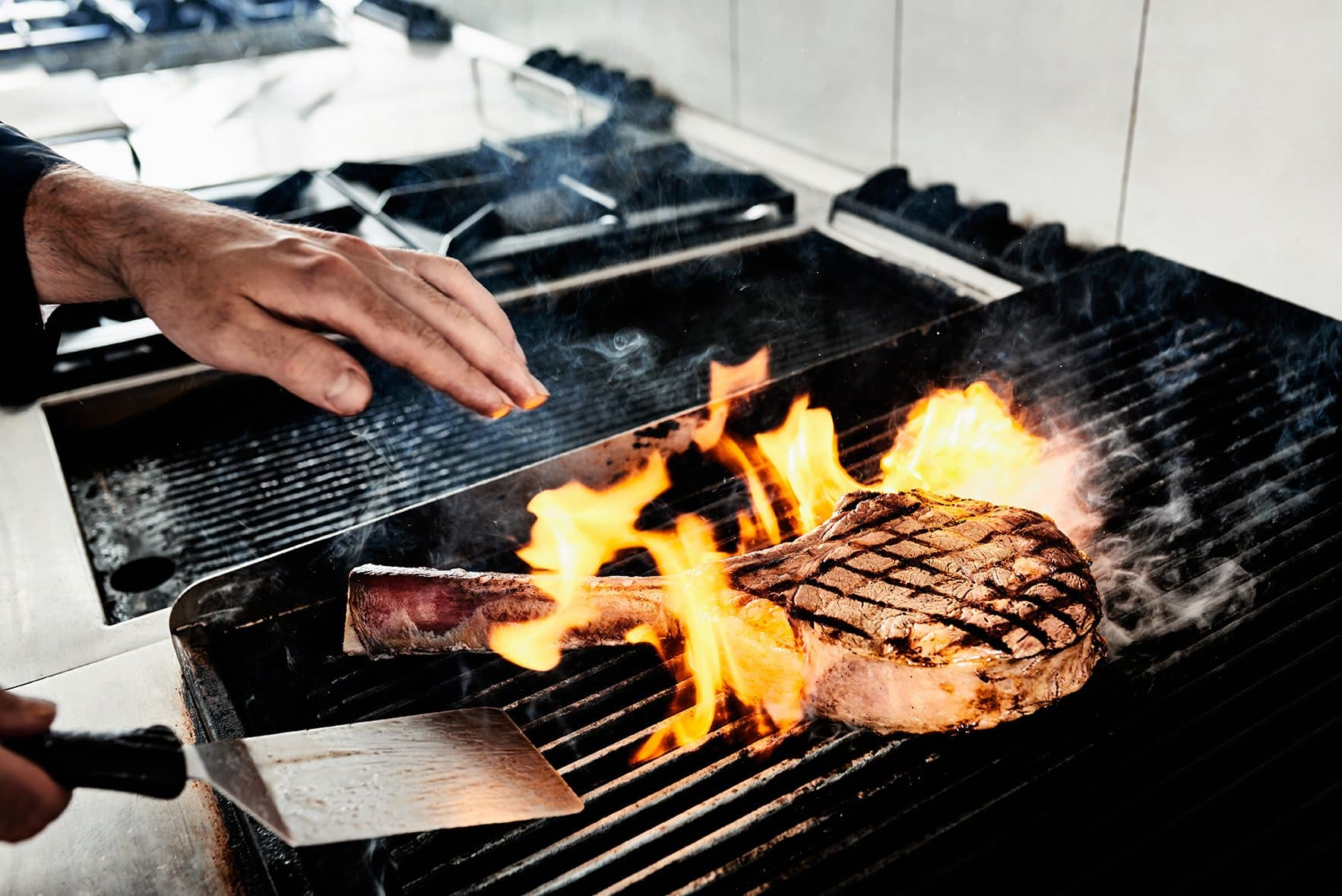 bbadv-shooting-bricco-e-bacco-fiorentina-carne-reportage-cottura-fuoco-chef